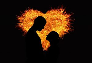 Há uma chama na vida do casal.